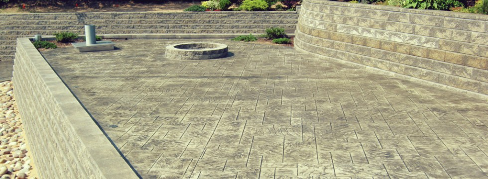Photo of a patio finished in stamped concrete
